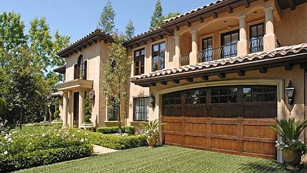Kim Kardashian house in Beverly Hills sold